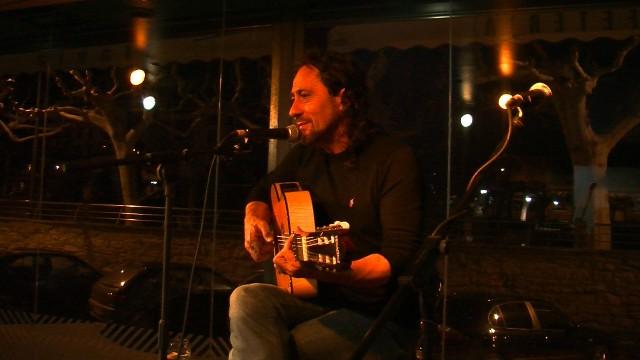 Concert de Luis Manuel Ruiz a cafeteria Slàvia