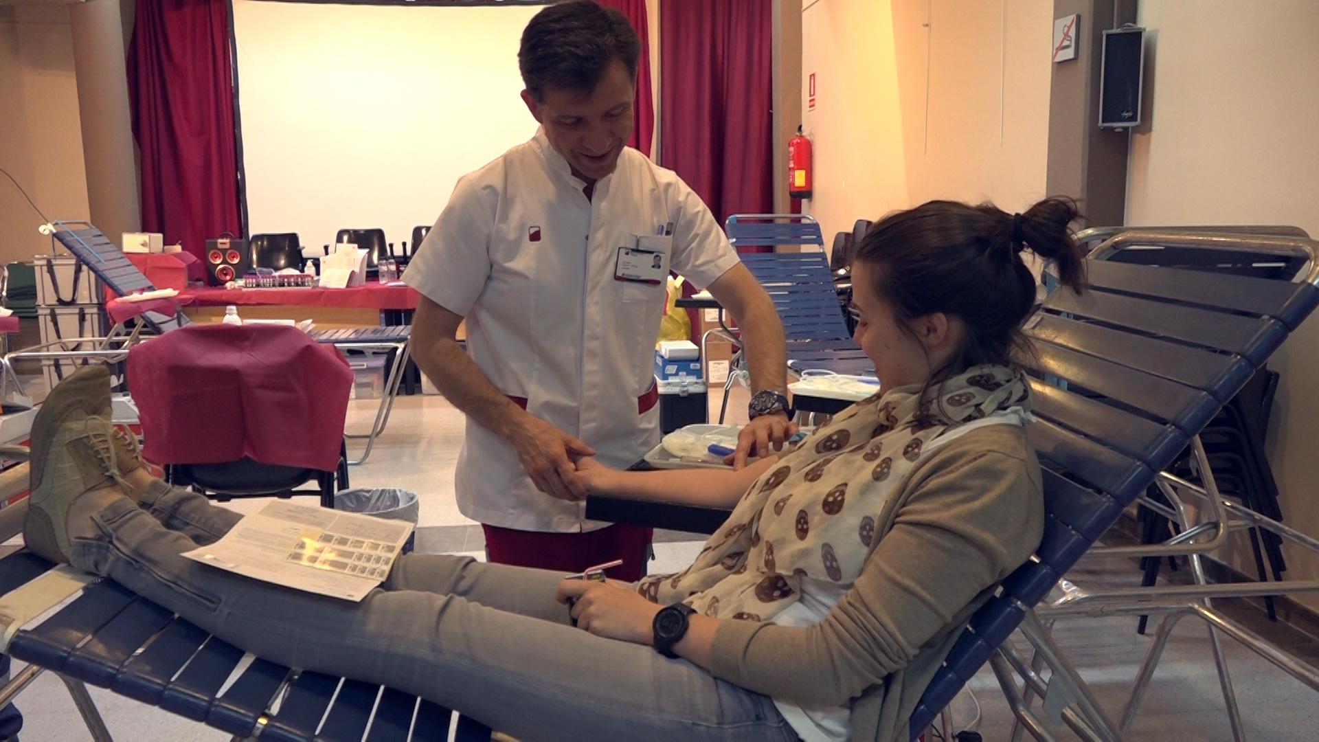 Donació de sang.00_01_49_15.Imagen fija004