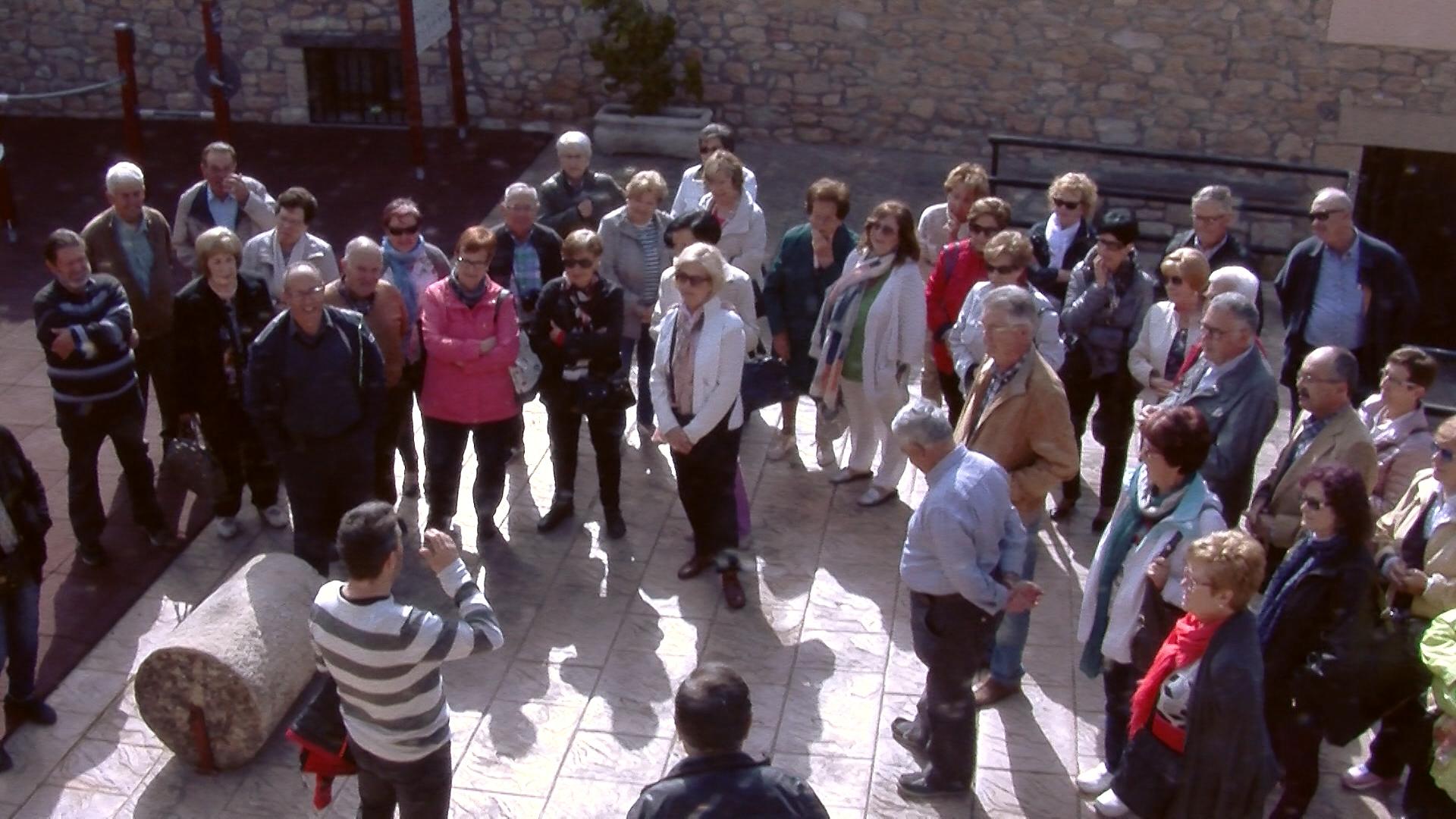 Sortida cultural a Tarrés de l'Aula d'Extensió Universitària