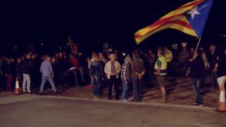 Concentració de suport davant de la comissaria dels Mossos de Les Borges