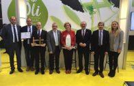 Els participants a la inauguració de la 55a Fira de l'Oli i les Garrigues