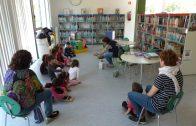 Grup escolar en una sessió de conta contes a la Biblioteca de les Borges2