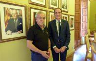 Enric Mir i José Crespín a la Sala de Plens de l'Ajuntament 1