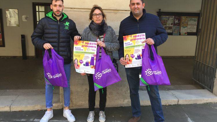 """L'Agrupació de Comerciants de les Borges inicia la campanya de primavera """"Rasca i guanya"""""""