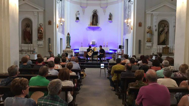 Duo Contrastes, a l'església de Bellaguarda en el marc del 8è Garrigues Guitar Festival