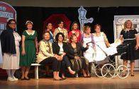 El grup de teatre Rellotge de Sorra Garriguenc interpretant 'La dansa de la Pluja'