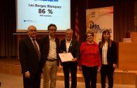 Enric Mir, recollint la renovació del segell Infoparticipa 2017 a la UAB