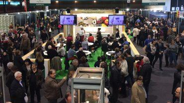 Activitats en els espais gastronómics i els visitants de la 55a Fira de l'Oli de les Borges. (1)