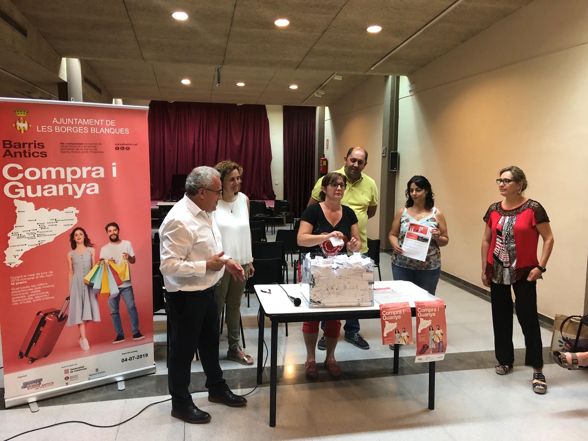 """Les Borges escull els 31 guanyadors del sorteig de la 9a campanya """"Barris antics: compra i guanya"""""""