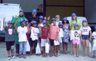 Els infants saharauís visiten el parc de Bombers i la Cooperativa Sant Isidre de les Borges