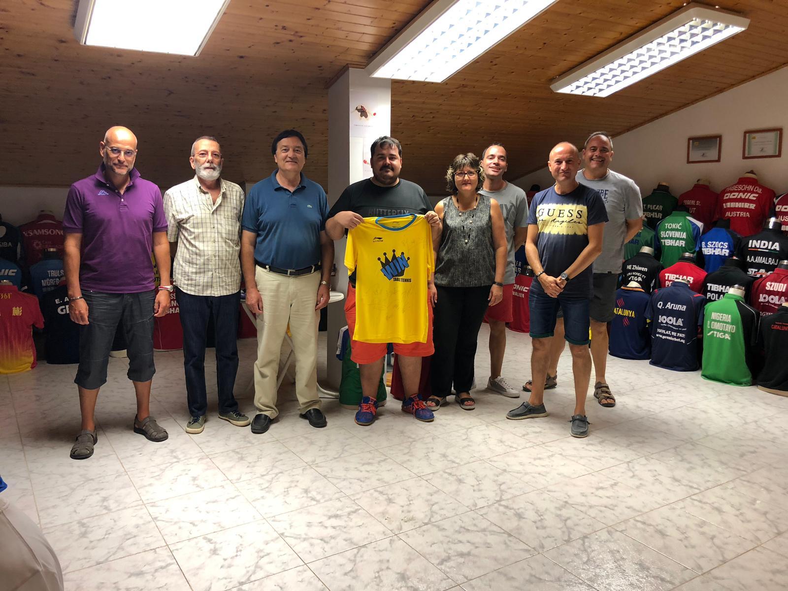 Una delegació del CTT Borges visita el Museu del Tennis Taula