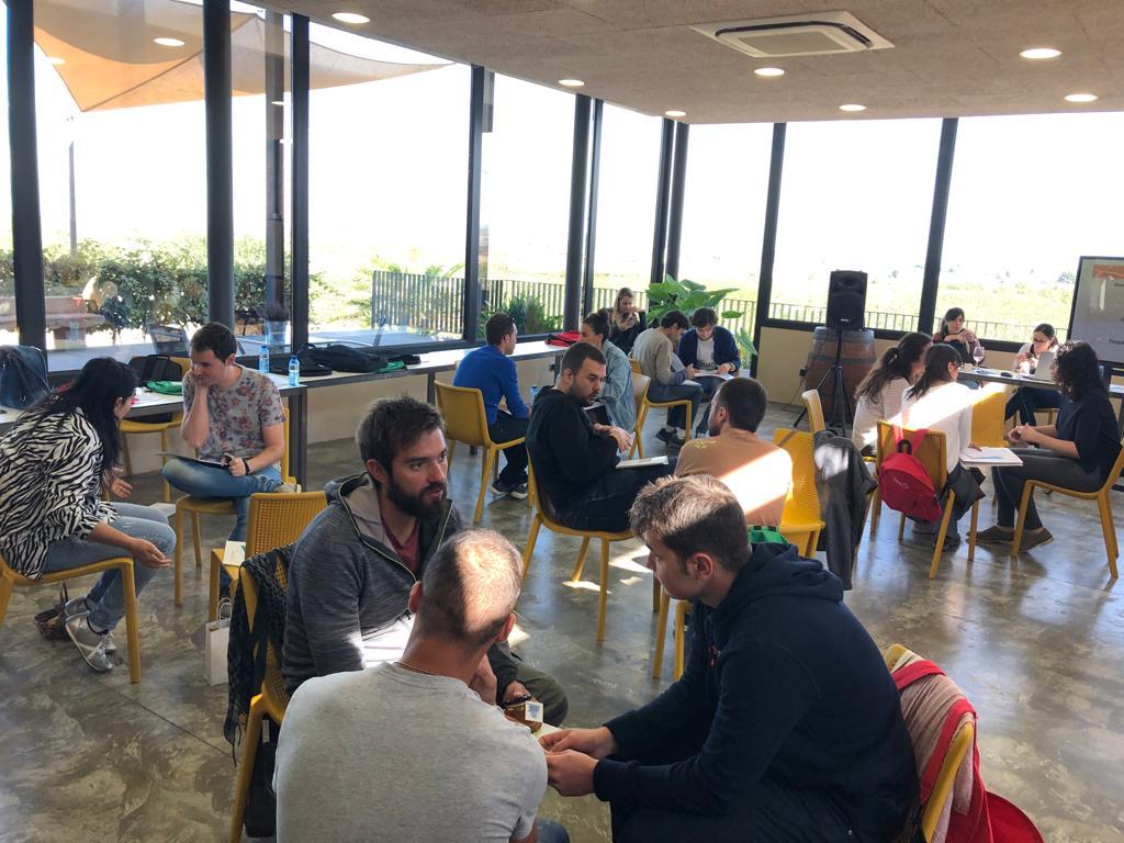 Els joves emprenedors de les Garrigues es bolquen en la 1a jornada Enxarxa't-Edició Jove