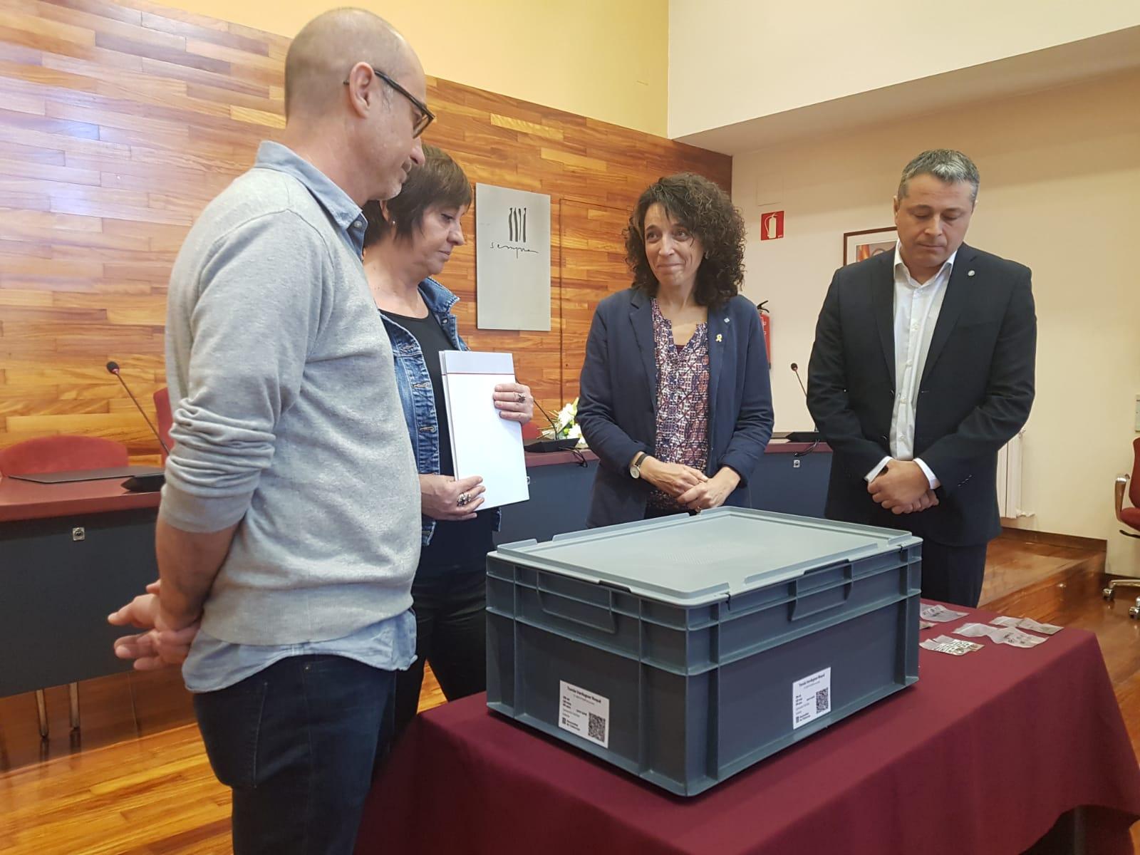 El Govern lliura les restes d'una nova víctima identificada d'una fossa del Soleràs