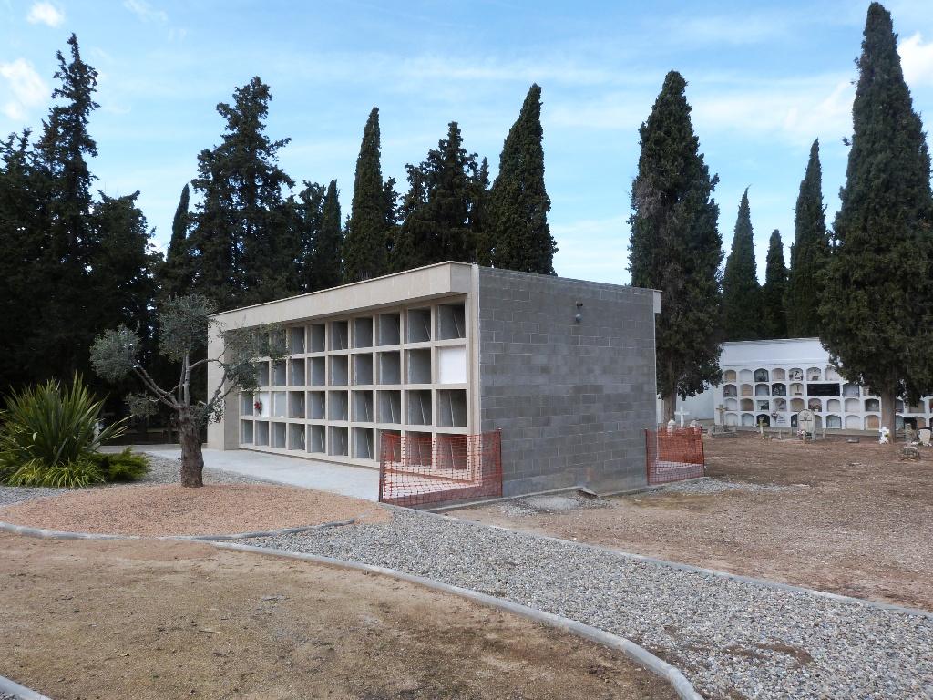 Les Borges licita la construcció de 64 nous nínxols al cementiri
