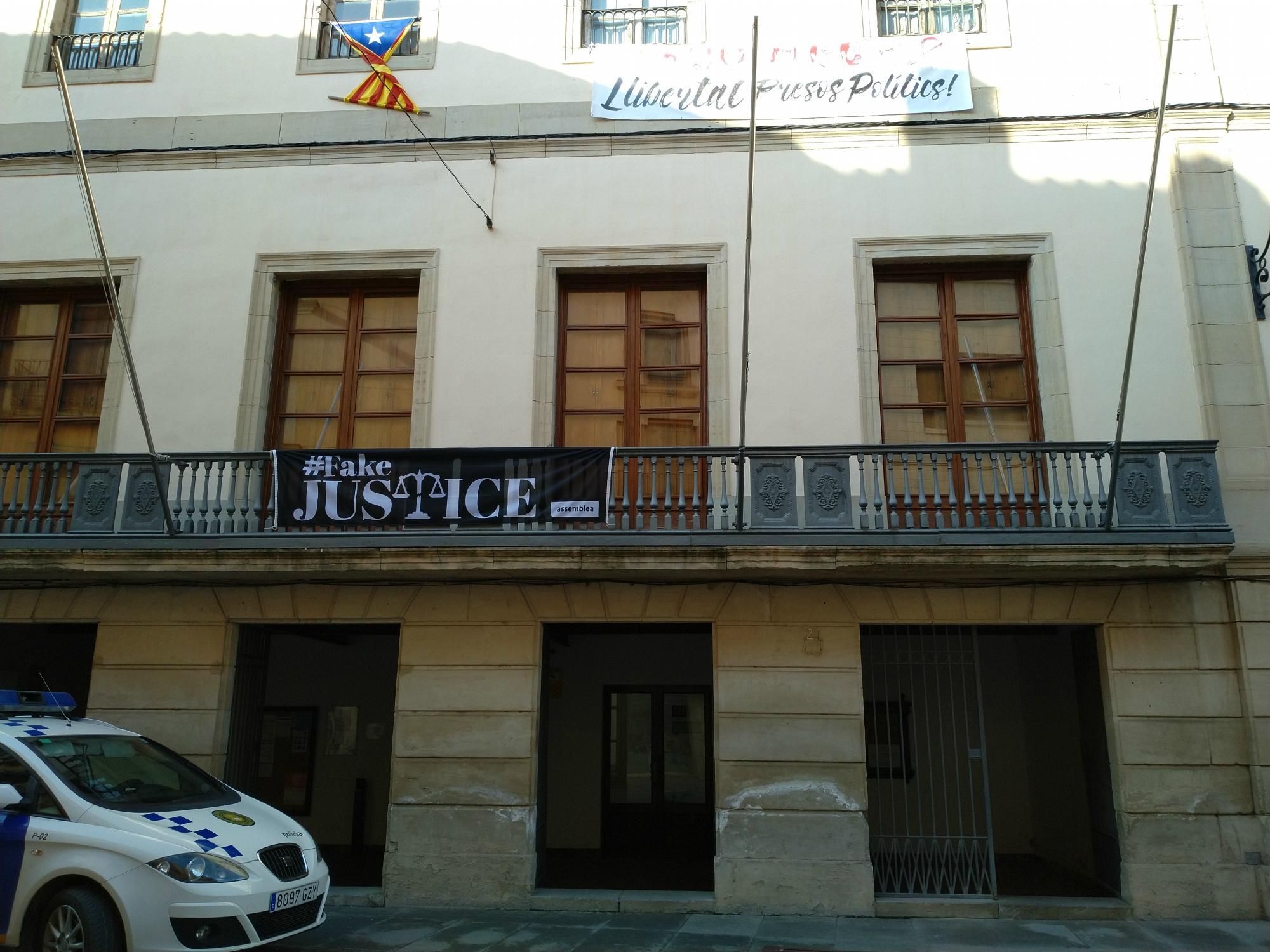 El Ple de les Borges dóna llum verda al darrer tràmit per a licitar l'Arxiu Comarcal i el penúltim per al Teatre