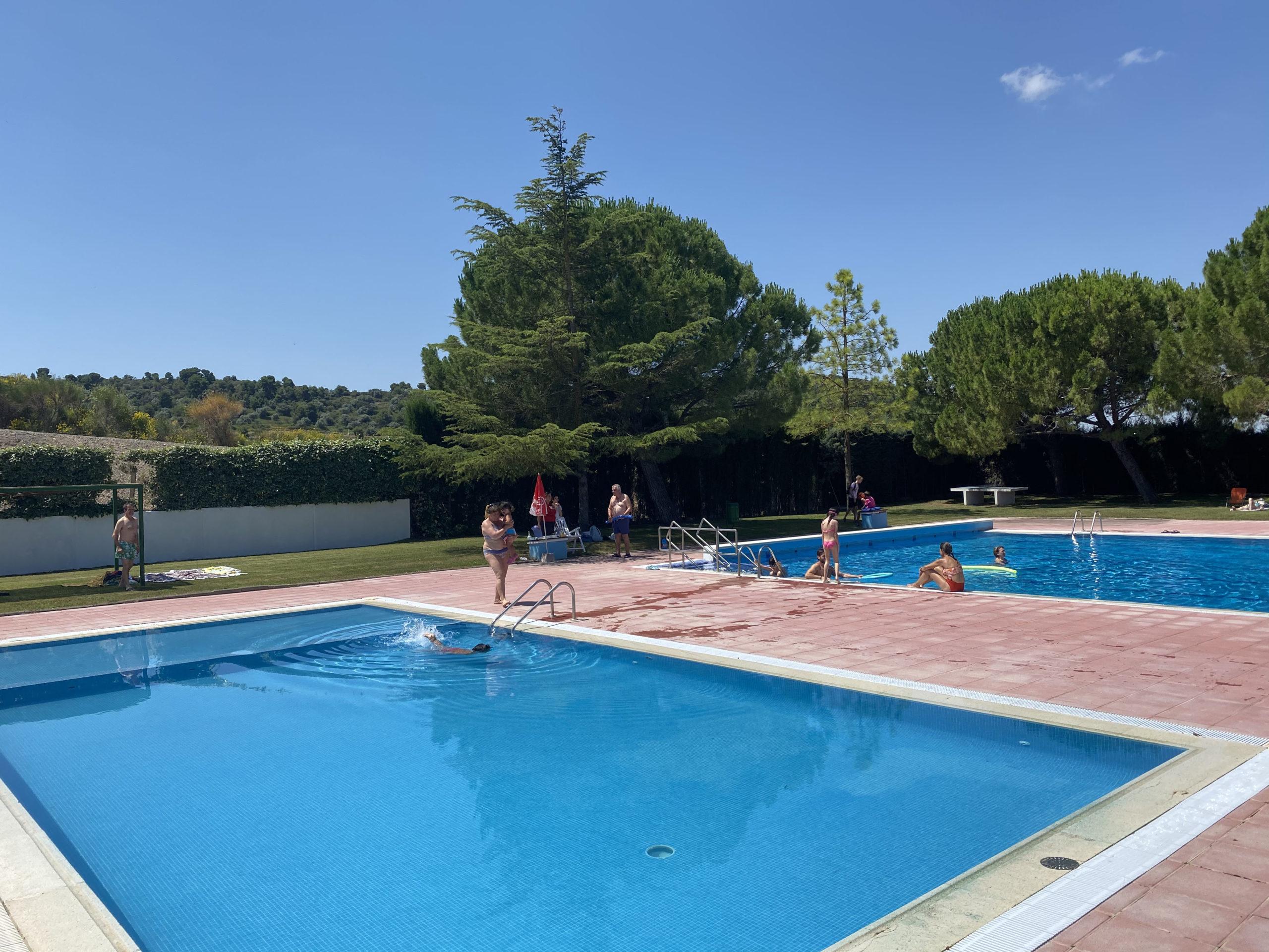 Castelldans ha obert les seves piscines aquest dissabte