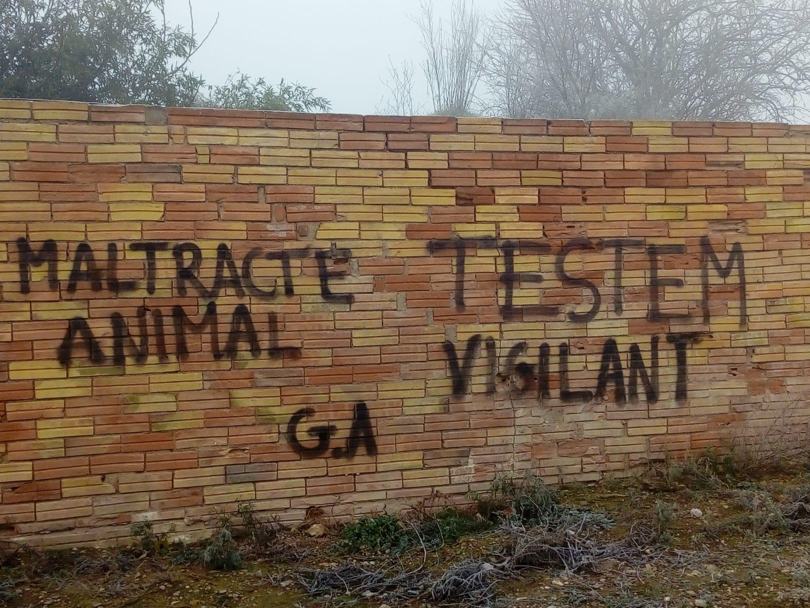 GAP Cooperativa denúncia pintades i amenaces en contra de ramaders i ramaderes