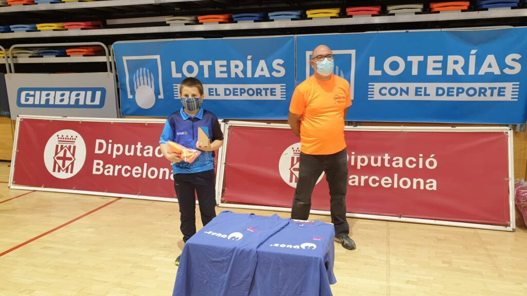 Joan Serret i Joan Masip brillen al 35è Open Internacional de Vic de tennis taula