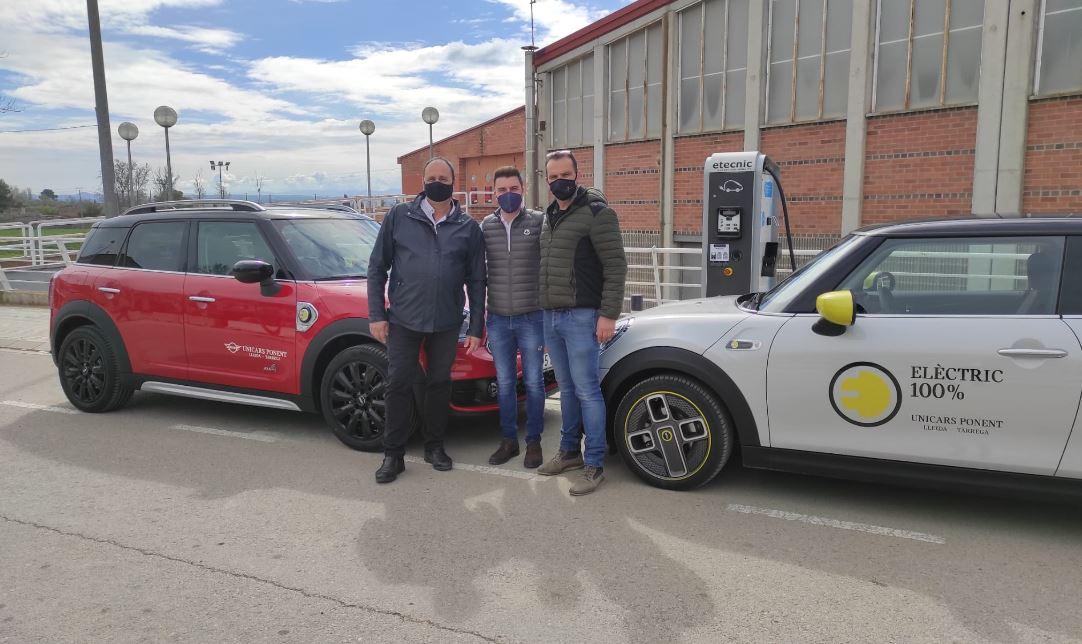 L'ajuntament de Juneda ja té en funcionament el punt de càrrega ràpida de vehicles elèctrics