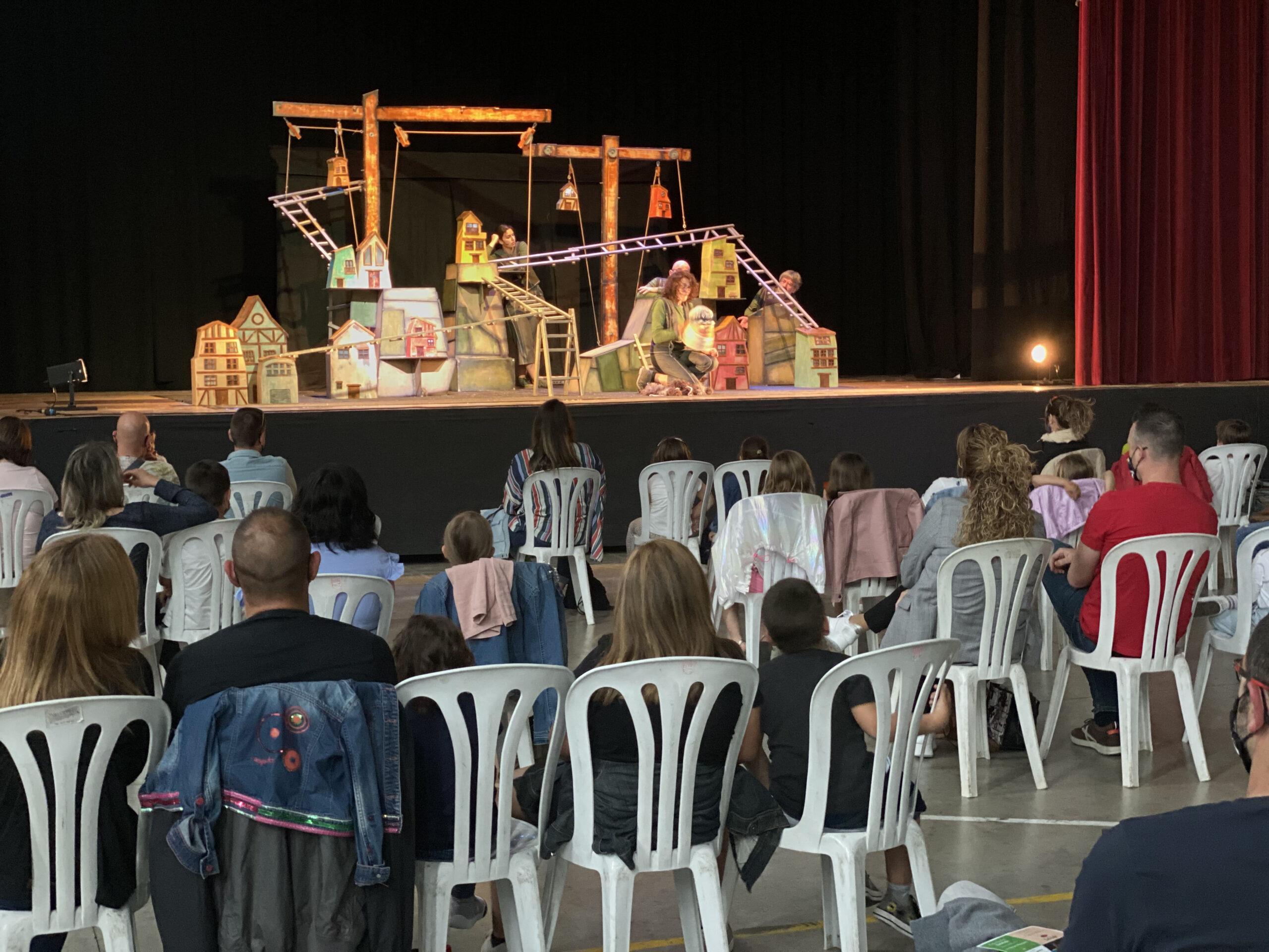 Torna el Cicle Baldufa a les Borges amb l'espectacle de titelles 'La llàntia meravellosa', aquest dissabte